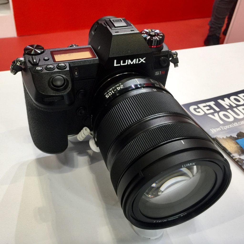 Panasonic LUMIX SR1 full frame mirrorless camera